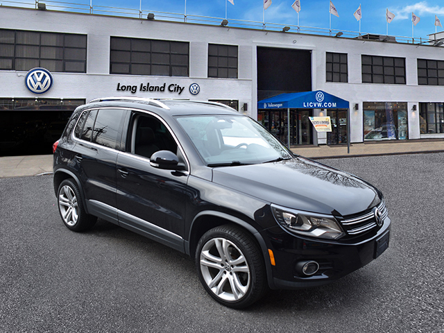 Pre-Owned 2016 Volkswagen Tiguan 4MOTION 4dr Auto SEL