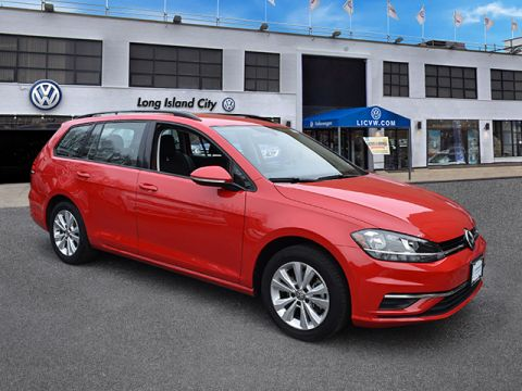 Certified Pre-Owned 2018 Volkswagen Golf SportWagen 1.8T S Auto 4MOTION