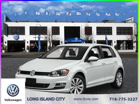 New 2017 Volkswagen Golf 4DR