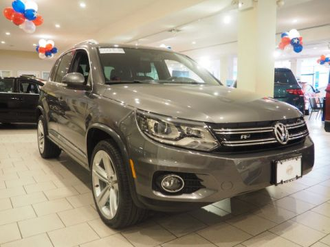 Pre-Owned 2015 Volkswagen Tiguan R-Line 4Motion